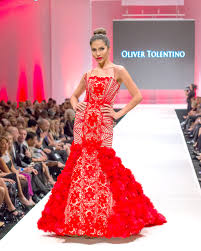oliver tolentino el paseo show with model tutay maristela final gown pic by hydee abrahan