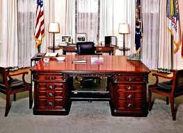 oval office chair. Oval Office Desk Lovely Gallery Decoration . Chair