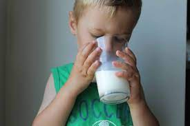 how much milk should a toddler drink