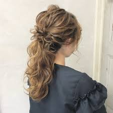 ドレスに似合う髪型華やかヘアで周りと差をつけちゃおう Trill