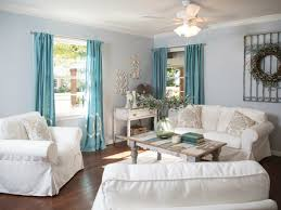 shabby chic living room ideas diy coffee table wooden planks vintage chest of drawers blue curtains chic living room curtain