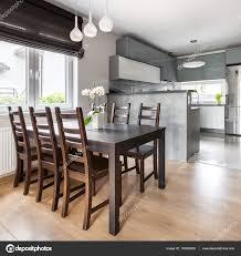 Esszimmer Offen Zur Küche Stockfoto In4mal 130883002