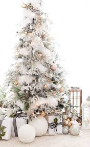60 Flocked Christmas Tree Decor Ideas Suitable for Special Moment -  About-Ruth