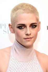 kristen stewart 13 01 makeup games mugeek vidalondon she looks great in a halter although the turtleneck is not to