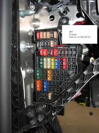 vwvortex com diy hi line cluster whichever route you take take a picture of your fuse box and remove all the fuses