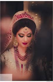 gorgeous indian bride wearing bridal jewellery and lehenga photo by mir anwar photography makeup and hair bridal stani bridal and