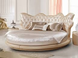 Cool Round Beds U2013 Unusual, Extravagant Or Super Comfortable? : Luxury Bedroom  Furniture Round