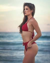 28 Ridiculously Sexy Amanda Cerny Photos