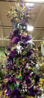 my mardi gras tree we ve always talked about leaving a tree up
