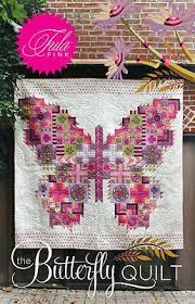 Amazon.com: The Butterfly Quilt Pattern By Tula Pink & The Butterfly Quilt Pattern By Tula Pink Adamdwight.com