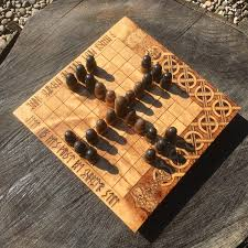 Classic Wooden Board Games Tablut Hnefatafl Portable folding Hnefatafl Game Traditional 66