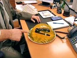 Office desk pranks ideas Taihan Co Best Office Desk Pranks Check Out Prank Extravaganza Office Cube Prank Ideas The Gogo Squeez Blog Best Office Desk Pranks Check Out Prank Extravaganza Office Cube