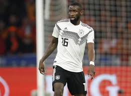 Antonio rudiger and paul pogba were involved in a bizarre incident at the euros germany defender rudiger looked to direct a bite into france star pogba's back in truly bizarre scenes, rudiger was caught on camera moving in towards pogba's back and. Antonio Rudiger Im Grossen Interview Ignorant Respektlos Egoistisch Kicker
