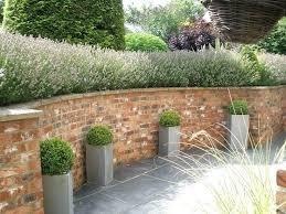 garden wall ideas a stone retaining