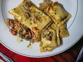 beef ravioli in basil cream sauce
