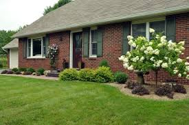 simple landscaping ideas home. Landscaping Ideas For Small Ranch Style Homes Front Yard Simple Home E
