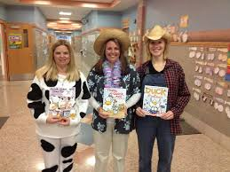 the day before thanksgiving break was storybook and tv character day the students and teachers dressed up as their favorite characters