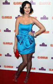 the perfect 10 katy perry image what colored lipstick with blue dresses what color makeup should