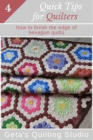 Hints for finishing a hexagon quilt from Jo Morton | Tips and ... & Geta's Quilting Studio: Quick Quilting Tips - how to finish the edge of hexagon  quilts Adamdwight.com