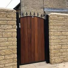 constructed by garden gate ideas metal framed design with bow head and fleur de lys spikes