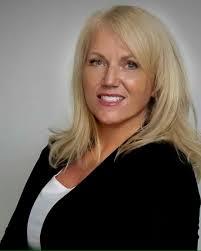 Meet Kelly Johnson, a Democrat running for House District 65