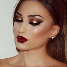 espectacular binación de ojos y labios precioso maquillaje makup