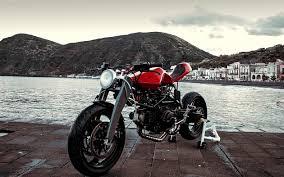 Дипломной работой летнего итальянца стал стритфайтер Журнал   в метал музыке а какие у них мотоциклы la valchiria существует лишь в единственном экземпляре Байк не что иное как дипломная работа 22 летнего