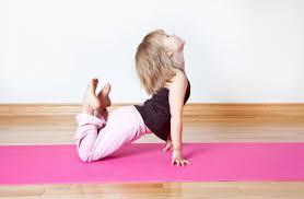 Risultati immagini per yoga dinamico posizioni