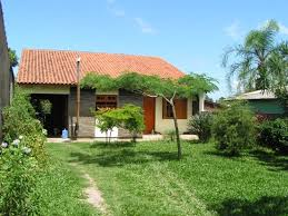 Guaiba Lake (River): Typical beautiful Brazilian houses