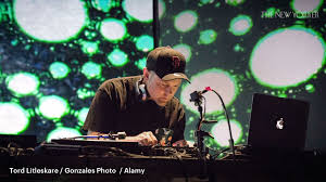 <b>DJ Shadow's</b> Sonic Archeology | The New Yorker