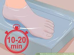 image led remove infection from an ingrown toenail step 1