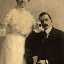 Portrait of Genevieve Smith, the San Quentin Matron, and her husband,  Richard M. Smith, a prison guard, San Quentin State Prison, Marin County,  California, 1912. [photograph] — Calisphere