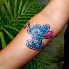 Questo Tatuatore Brasiliano Ricamare I Tatuaggi Sul Loro Clienti