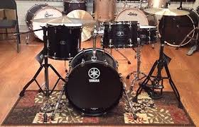 yamaha live custom. yamaha live custom four (4) piece drumset-black shadow-lc8f30j, 18 jazz bass | what\u0027s it worth