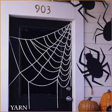 DIY Spider Webs Yarn