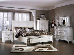 Greensburg Bedroom Set Part - 8: ... Contemporary Greensburg Bedroom ...