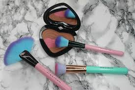 makeup brushes work equally well with cream and powder makeup and they rarely shed win win here are my favourite vegan brush brands for a flawless