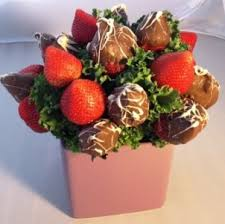 chocolate covered strawberries flower bouquet chocolatecoveredstrawberrybouquetstrawberrijpg chocolatecoveredstrawberrybouquetstrawberrijpg