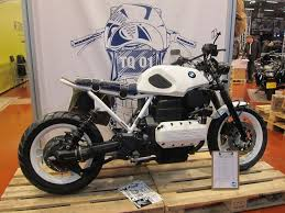 1000 ideas about bmw cafe racer on pinterest bmw custom cafe racer and r65 bmw office paintersjpg