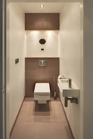 lichte, modern toilet - THIS ONE IS THE POWDER ROOM!