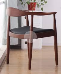 hans wegner round chair back