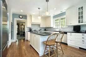 white kitchen walls white kitchen cabinets blue walls white kitchen walls with white cabinets