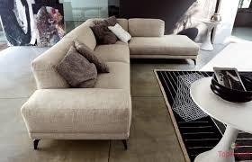 Tiarch.com pavimento nero marmorizzato