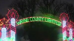 Hines Park Michigan Christmas Lights Wayne County Lightfest In Hines Park Kicks Off Holiday Season