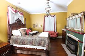 Oakwood Interiors Bedroom Furniture As A Memorial To A Dying Breed Oakwood Inn Offers Parts Of The