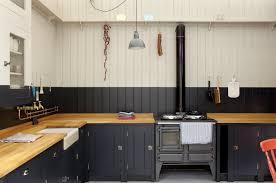 reasons choose rustic cabin kitchens