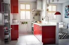 IKEA –sterreich Inspiration Küche rot modern Oberschrank