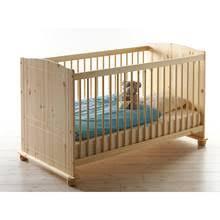 Großes himmelblaues babybett mit platzsparender zusätzlicher schlafoption. Babyzimmer Komplett Luzern 22 Massiv Natur Lackiert Babybett Wickelk