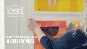 5 pro tips for arranging a gallery wall