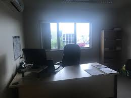 office unit. Well Presented Front Unit - Office / Warehouse For Lease C